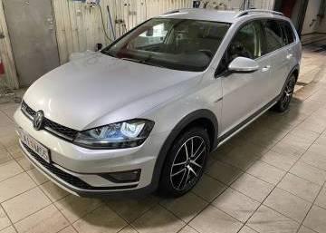 VW Golf all track 4x4 2016 Iceland
